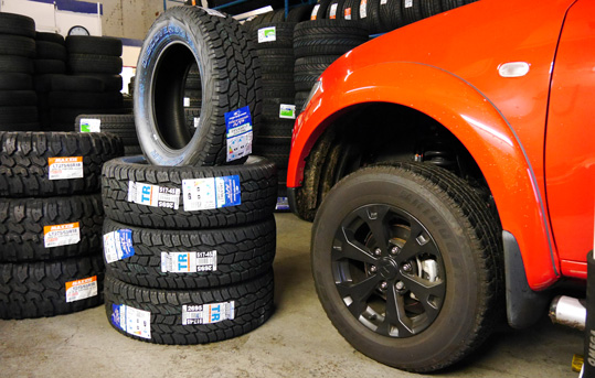 Tyres for 4x4 vehicles